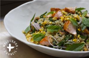 salade met quinoa zalm en verse munt