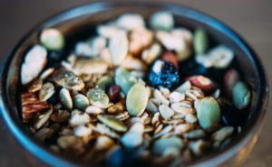 kom met noten waar omega-3 vetzuren in zitten